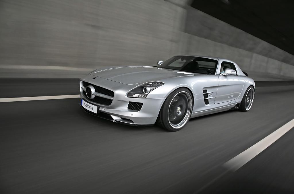 Mercedes SLS AMG mit Umbau des V8 - Triebwerks